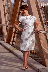 17 WEB 6X4 WHITE GREY PATTERN DRESS