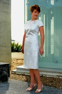 80 WEB 6X4 WHITE SILVER DRESS