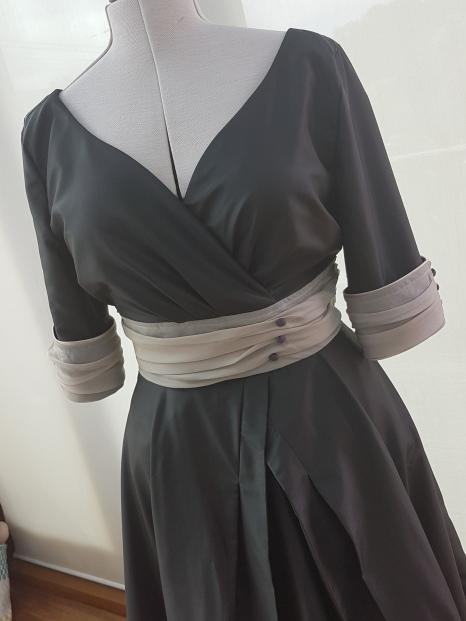 50s slyle silk dress