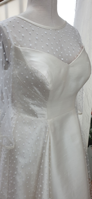 Fabulous 50s Inspired Wedding Gown by Kate Henry